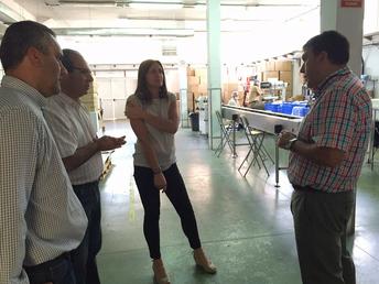 El ayuntamiento de ingenio y envera trabajan para establecer líneas de colaboración para la digitalización del archivo municipal