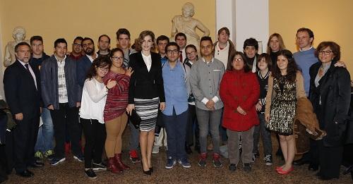 Los alumnos de Grupo Envera asisten a los Premios Foro Justicia y Discapacidad presididos por la Reina