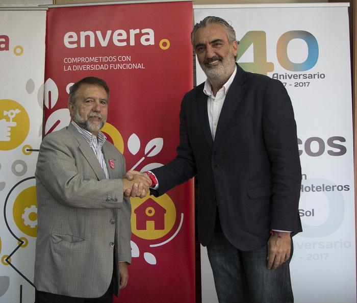 AEHCOS y Envera firman un convenio para colaborar en la inserción de las personas con discapacidad