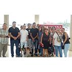 Los usuarios del Proyecto de inserción laboral de Envera en Gran Canaria asisten a la Feria de Empleo