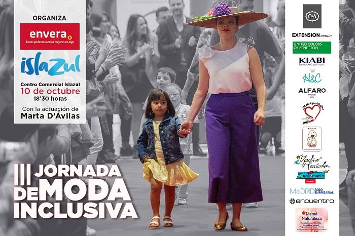 """Niños y adultos con discapacidad intelectual desfilan sobre la pasarela solidaria bajo el lema """"Moda para todos"""""""
