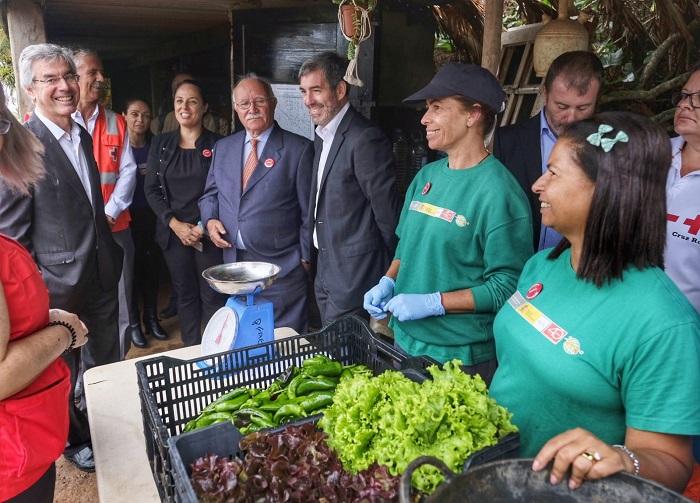El presidente del Gobierno de Canarias visita los programas de formación para el empleo de Envera
