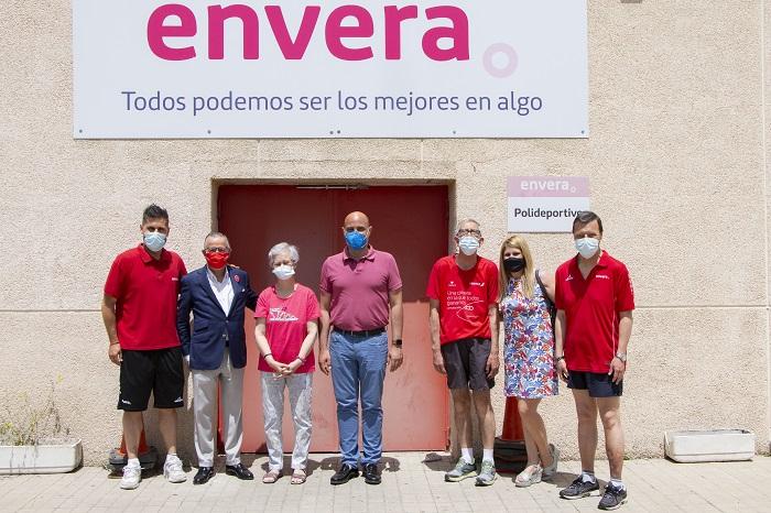 El alcalde de Colmenar Viejo visita los nuevos servicios de empleo y asistenciales de Envera